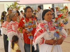 Traditional Dance Hidalgo. Leaders of the community and honored guests participate in the Xochipitzahuac, a tradtional Nahua dance of the flowers. Santa Catarina Acaxochitlan, Hidalgo Mexico. via Karen Elwell, Flickr