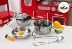KidKraft Metal (Grey) Pots, Pans and Play Food Set for Little Chef's Kitchen (Metal Accessories Set) Kidkraft Kitchen, Kitchen Playsets, Play Kitchen Sets, Play Kitchens, Toy Kitchen, Uptown Kitchen, Play Food Set, Little Chef, Kitchen