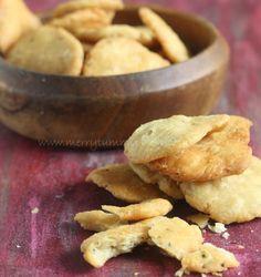 Merry Tummy: Mathri, Maa's Recipe