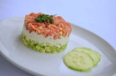 Rezept für Gurken-Lachs-Tartar mit Wasabicreme (www.rheintopf.com)
