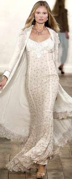 Ralph Lauren, beautiful white lace gown and cape