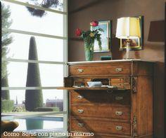 Riproduzione autentica di un como' stile' 800 in massello di noce con ribalta e piano in marmo bainco carrara 2 Elle Falegnameria artigianale toscana