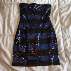 Forever 21 short sparkly dress Perfect dress for a night out! Blue and black stripes. Only wore once Forever 21 Dresses Mini