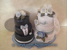 Dollhouse Miniature half scale bride and groom cakes by CSpykersMiniatures... 31.49, via Etsy ~ would be soooo cute in a wedding scene :-)