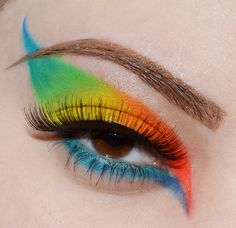 'Colors of the Tropical Parrot' http://www.makeupbee.com/look_Colors-of-the-Tropical-Parrot_45469
