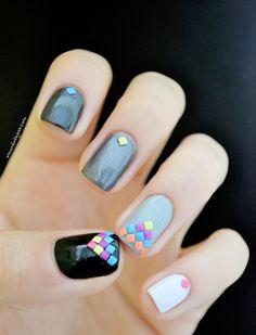 Ombré nails + studs