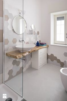 Beautiful Contrasting Visual Display for The Bathroom Modern Farmhouse Bathroom, Modern Bathroom Decor, Bathroom Furniture, Simple Bathroom Designs, Bathroom Design Luxury, Timeless Bathroom, Restroom Design, Dream Bathrooms, Bathroom Inspiration
