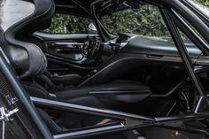 Aston Martin is known around the world as one of the premier luxury car makers. The Aston Martin Vulcan is a track-only supercar Aston Martin Vulcan, Aston Martin Vanquish, White Lamborghini, Lamborghini Veneno, Maserati, Bugatti, Ferrari, Aston Martin Sports Car, Bond Cars