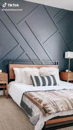 Bedroom Wall Designs, Accent Wall Bedroom, Room Ideas Bedroom, Small Room Bedroom, Master Bedroom Design, Home Bedroom, Wood Accent Walls, Accent Wall Designs, Wood On Walls