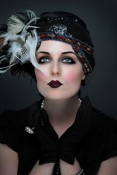 20's makeup - dark eye, dark lip