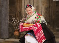 #Ukrainian #Style #Spirit of #Ukraine #Maslyana is one of the oldest Slavic holidays. The real zabava, which maintained its tradition today with the pagan culture. This incredibly delicious and hearty celebration lasts a week before the beginning of Lent. Today Maslyana is one of the religious holidays. This holiday is associated with delicious baked pancakes and fun festivities.  This year Maslyana will be celebrated on Febryary 20-26.