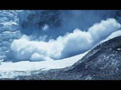 Mount Everest Avalanche Caught On Camera - Apr 18, 2014