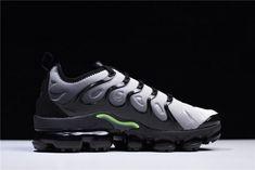 47316ad1d5766 Mens Nike Air VaporMax Plus Black Volt-White 924453-009-5 Nike Air