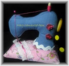 Sewing machine pincushion + free pattern