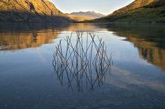 Land Art: le sculture circolari di Martin Hill che riflettono i cicli della natura