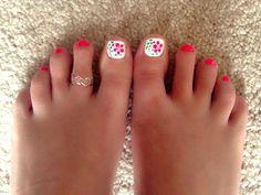 Toe nail designs do it yourself toenaildesignsdoityourself 18 cute toenail designs for 2017 solutioingenieria Images
