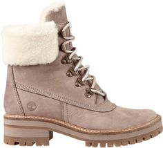 Timberland Women's Courmayeur Valley 6 - Winter Boots Timberland Waterproof Boots, Waterproof Winter Boots, Cowgirl Boots, Western Boots, Riding Boots, Kids Duck Boots, Timberland Stiefel Outfit, Apres Ski Boots, Fashion Shoes