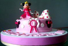 Tarta Princesa Minnie Mouse 4 | De Perla's | Tartas fondant personalizadas en Málaga