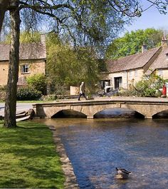 Beautiful Cotswold village of Bourton on the water, just come back from there, so divine!