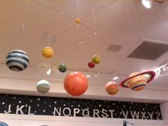 POTTERY BARN KIDS PLANET SOLAR SYSTEM MOBILE ( I can so make this myself!)