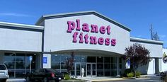 Gym tells woman to cover up because her 'toned body' intimidated others.The Planet Fitness gym in Richmond,California is standing behind their dress code policy after one member claimed that she was told to put a shirt over her intimidatingly toned body.Tiffany Austin However,her time exercising was cut short when a Planet Fitness employee stopped her.She says,you know,Excuse me,we've had some complaints.You're intimidating people with your toned body.So can you put on a shirt?Click to read…