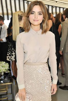 Doctor Who star Jenna Coleman dazzles in nude at Hollywood party Beauty in beige: Actress Jenna Coleman looked stylish in an all nude-coloured ensemble including a maxi skirt featuring a sequined detaiing Hairstyles With Bangs, Pretty Hairstyles, Hairstyle Short, Pixie Hairstyles, Hairstyles Haircuts, Pixie Haircuts, Long Bon Hairstyles, Round Face Hairstyles, Long Brunette Hairstyles