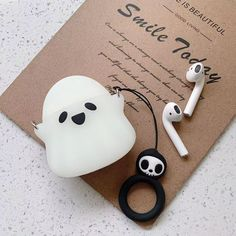 Apple AirPods - Cheap Earphone Accessories, Buy Directly from China Suppliers:Halloween ghost cu. Fone Apple, Airpods Apple, Cute Cases, Cute Phone Cases, Iphone Cases, Airpod Case, Airpod Pro, Accessoires Iphone, Earphone Case