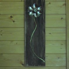 Decorating with pallet wood.
