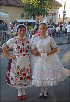Folklore, Lace Skirt, Harajuku, Embroidery, Skirts, Dresses, Style, Fashion, Vestidos