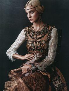 Caroline Terentini |  Dress by Alberta Ferretti | Photog: Giampaolo Sgura | Vogue (Japan) October 2015