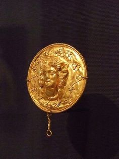 Medallion Greek 2nd century BCE Gold #ancient art #art