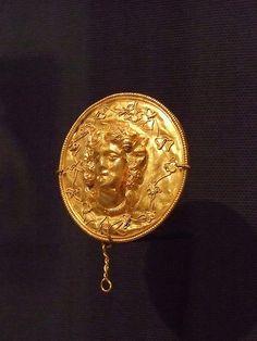 Medallion Greek 2nd century BCE Gold