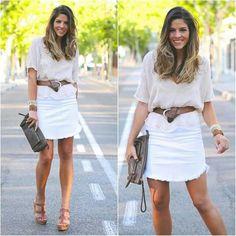 Falta y blusa clara
