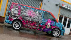 This bright vehicle wrap was made by a company called Wrap Kings, which uses 1080 Series printers, as well as the Vw Transporter Van, Vw T5, T5 Tuning, Vehicle Signage, Eco Friendly Cars, Van Wrap, Import Cars, Busse, Lifted Ford Trucks