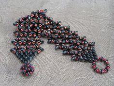 O Lace Bracelet( designer Akke Jonkhof) http://www.knoopje-ina.blogspot.com