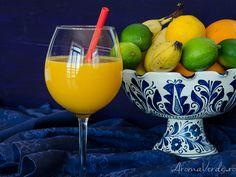 Suc presat la rece din portocale, mango și fructul pasiunii Punch Bowls, Mango