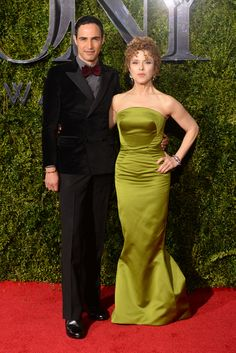Zac Posen and BernadettePeters Tony Awards Red Carpet Arrivals 2015