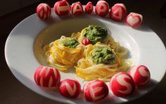 Zucchini-Spaghetti mit Radieschenblatt-Pesto (vegan/ glutenfrei)