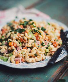 Ham and macaroni salad - Le Coup de Grâce Tortellini, Rice Salad, Pasta Salad, Macaroni Salad, Ham, Vegetarian Recipes, Salads, Recipies, Gluten Free