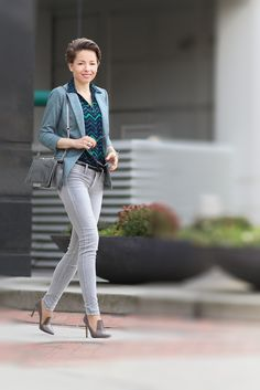 style variations on skinny jeans - red reticule