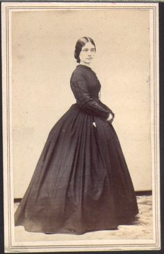 So elegant looking! Love her simplicity. 1860s. Also, good info about 1860s collars on day dresses on this blog post.