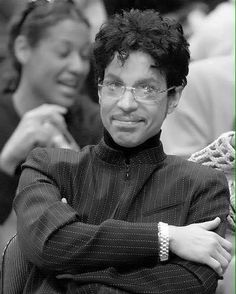 Prince - Los Angeles Lakers Game 2004
