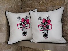 Zebra Embroidery Pillow #embroidery #pillowcase #Zebra #presentetion #design #embroidered #tablerunner #hometextile #modern #hometex Home Textile, Table Runners, Pillow Cases, Pillow Embroidery, Throw Pillows, Unique Jewelry, Handmade Gifts, Modern, Etsy