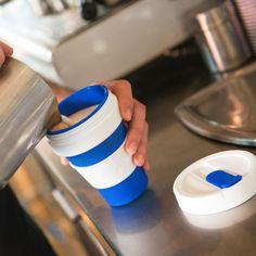 Kaffeebecher im Falt-Format