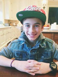 Johnny Osings http://facebook.com/JohnnyOsings