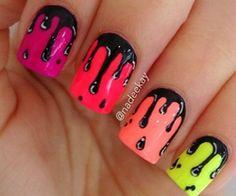 Dripping nail design