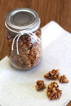 Sarah Bakes Gluten Free Treats: gluten free gingerbread granola