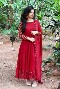 Dress indian style anarkali suits ideas for by Manu Kaur on Cute Ethnic Wear in fashion design ilustration outfit ideasWhatsapp on 9496803123 for customisationGeenu Scaria's media statistics and analytics Designer Party Wear Dresses, Kurti Designs Party Wear, Indian Designer Outfits, Indian Outfits, Kalamkari Dresses, Indian Gowns Dresses, Indian Fashion Dresses, Party Wear Indian Dresses, Party Wear Kurtis