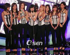 Điểm danh những nhóm nhạc từng đoạt được Daesang kép danh giá tại một lễ trao giải - TinNhac.com