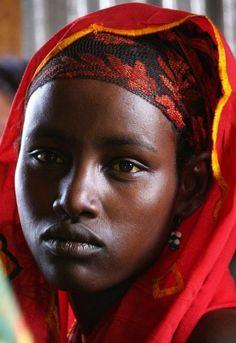 African Girl, African Beauty, African Women, Black Women Art, Beautiful Black Women, Beautiful People, Tribal Women, African Tribes, African Culture
